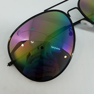 GASOLINE GLAMOUR Accessories - Heart of glass rainbow mirror AVIATORS sample